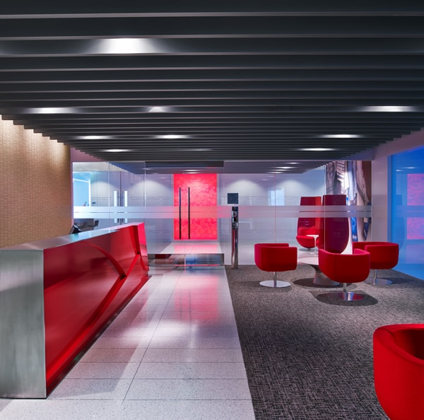 Fantastique Plafonds métalliques intérieurs | Hunter Douglas QP-98