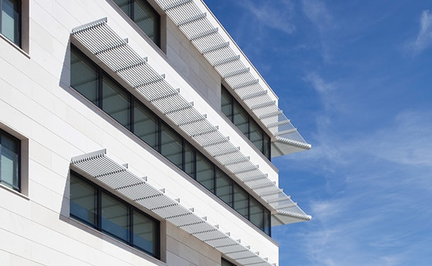 hunter douglas architectural | ceilings, sun control and façades